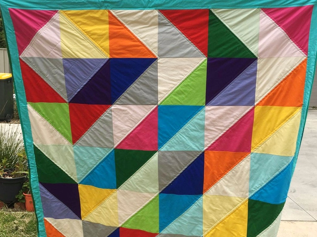 tn_half Square Triangles Quilt