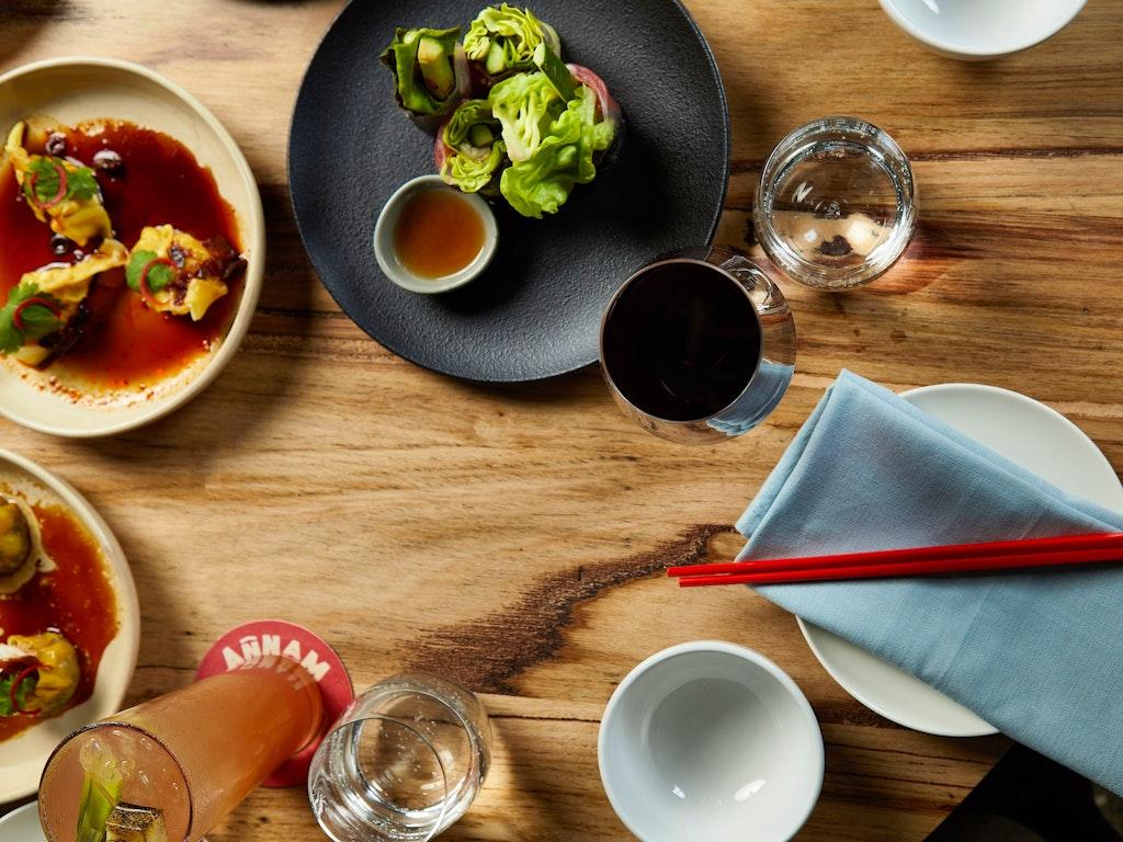 Dumplings-&-food-at-Annam