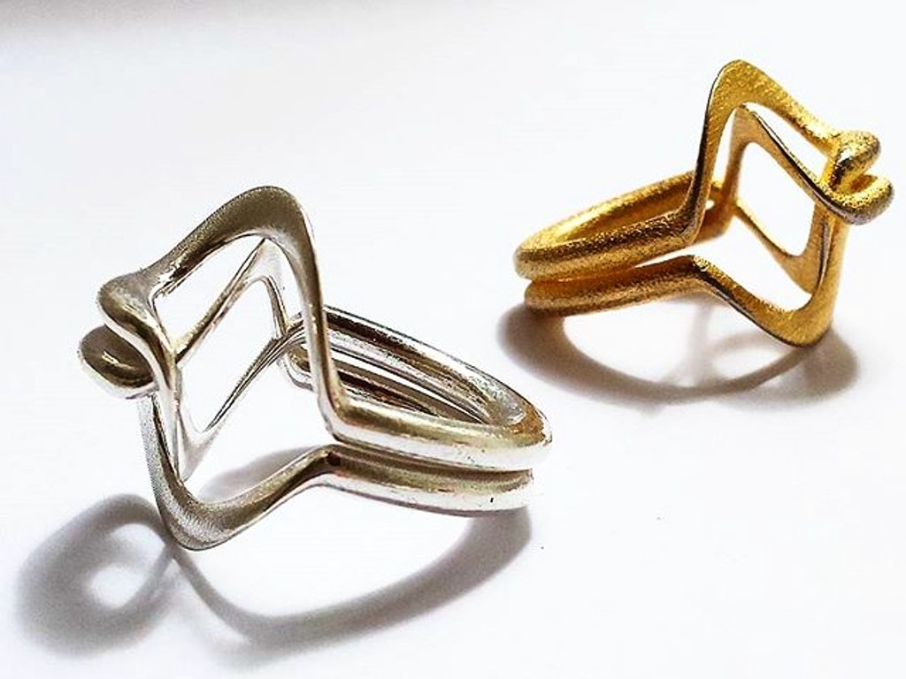 Emily-Copp-Pirouette-2d-printed-rings-in-gold-and-silver