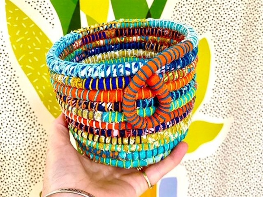 Small succulent pot 01
